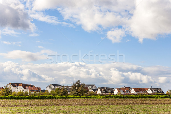 Nieuwe huisvesting veld München mooie landschap Stockfoto © meinzahn