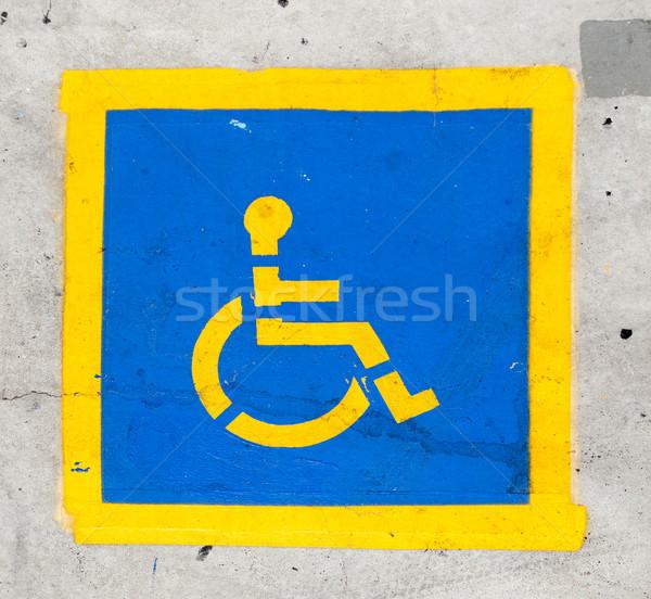 Upośledzony symbol parking przestrzeni drogowego kolor Zdjęcia stock © meinzahn