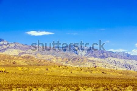Hegyek völgy sivatag kék ég égbolt természet Stock fotó © meinzahn