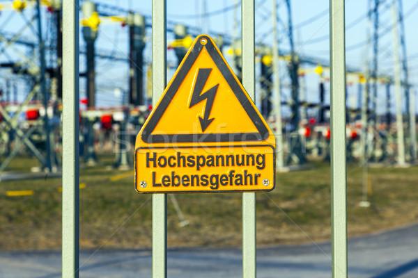 Aviso elétrico choque usina elétrico céu Foto stock © meinzahn