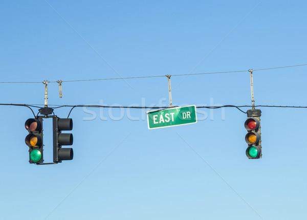Yeşil trafik ışıkları mavi gökyüzü sokak araba karayolu Stok fotoğraf © meinzahn