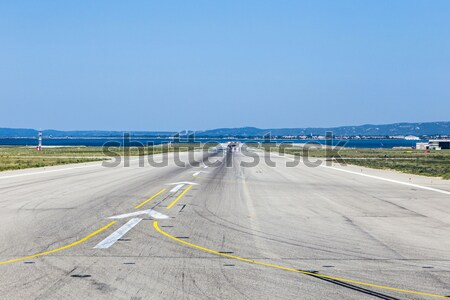 Kifutópálya repülőtér Madrid Spanyolország ipar szolgáltatás Stock fotó © meinzahn