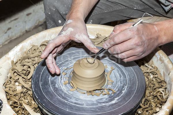 Stockfoto: Handen · werken · aardewerk · wiel · vrouw