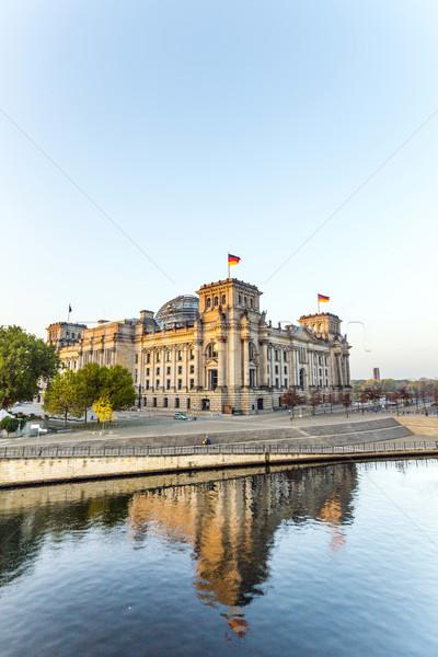 Reflectie rivier Berlijn Duitsland zomer Blauw Stockfoto © meinzahn