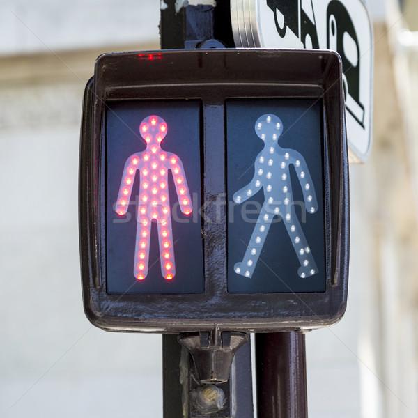 Kırmızı trafik ışığı Paris Stok fotoğraf © meinzahn