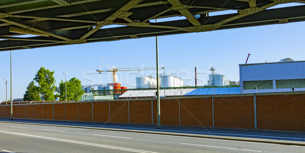 Industrie park kant van de weg spoorweg brug huis Stockfoto © meinzahn