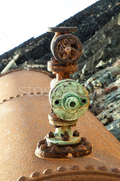 Eski tuz pompa rafineri istasyon su Stok fotoğraf © meinzahn