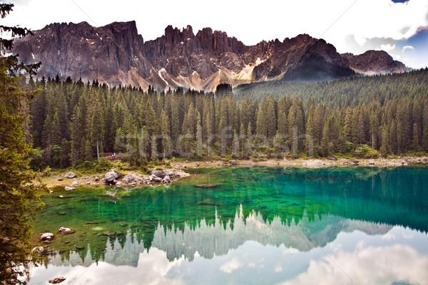 Ver ver montanha alcance céu nuvens Foto stock © meinzahn