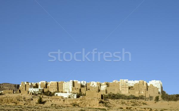 Belo cidade deserto Iémen arranha-céu Foto stock © meinzahn
