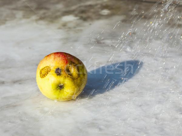 świeże jabłka funny jak podwoić jaj Zdjęcia stock © meinzahn