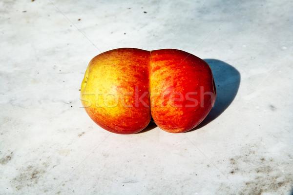Elma vermek fantezi taze ilginç Stok fotoğraf © meinzahn