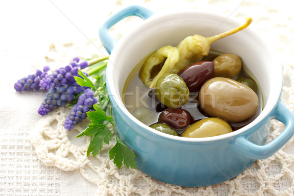 Olives in little pot Stock photo © Melpomene