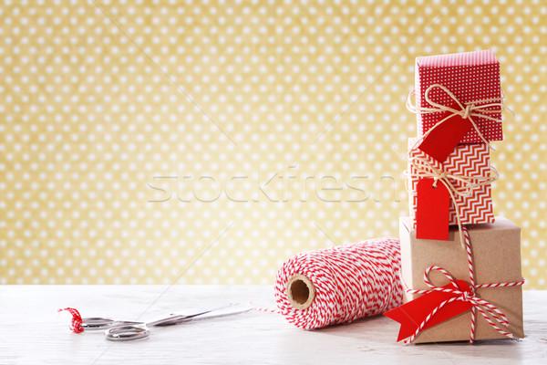 Feito à mão pequeno caixas tesoura carretel Foto stock © Melpomene