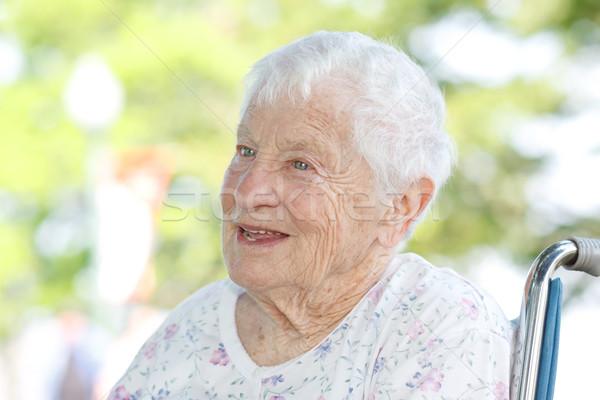 Senior vrouw rolstoel gelukkig buiten voorjaar Stockfoto © Melpomene