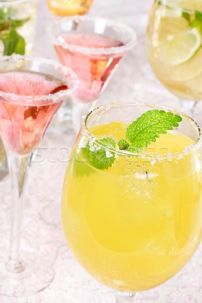 Sel garnir jaune rouge fête verres Photo stock © Melpomene