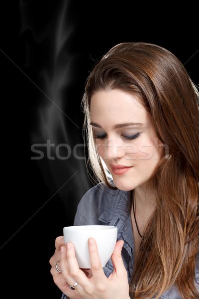 Młoda kobieta hot napój piękna młodych kobiet Zdjęcia stock © Melpomene