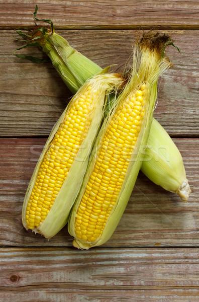 Foto stock: Orgânico · amarelo · milho · mesa · de · madeira · alimentação · comer