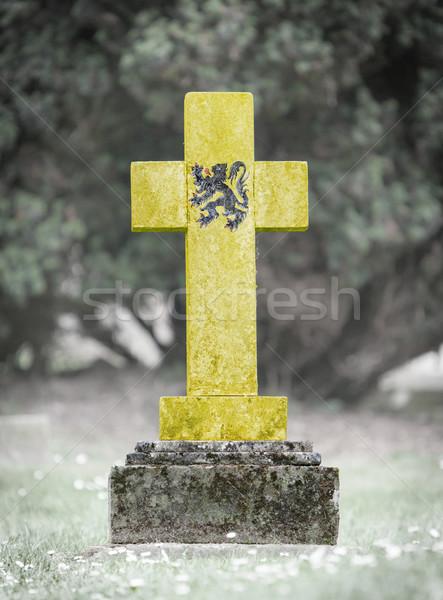 öreg sírkő temető fű keret kő Stock fotó © michaklootwijk