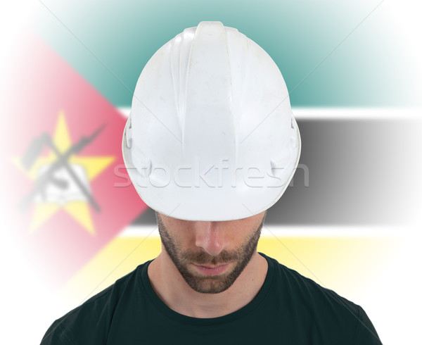 Engenheiro bandeira Moçambique isolado construção tecnologia Foto stock © michaklootwijk