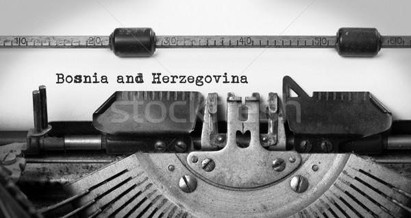 Edad máquina de escribir Bosnia Herzegovina país carta Foto stock © michaklootwijk