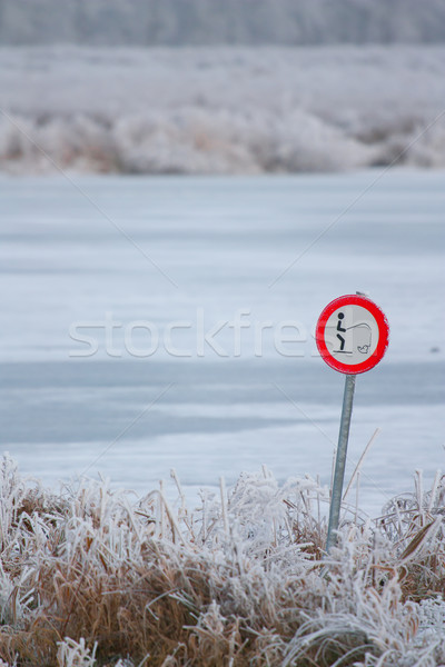 Interdit poissons congelés lac sport neige Photo stock © michaklootwijk