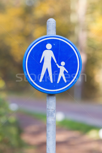 Pedestrian with children on road sign Stock photo © michaklootwijk