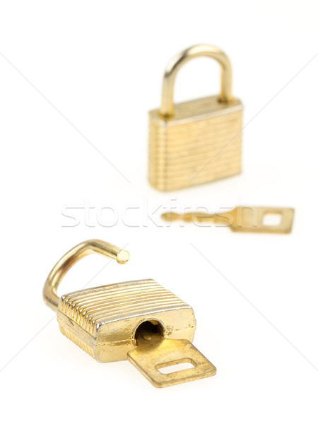 Stock fotó: Kinyitott · zárva · kulcsok · izolált · fókusz · elöl