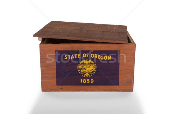 Skrzynia odizolowany biały produktu Oregon Zdjęcia stock © michaklootwijk