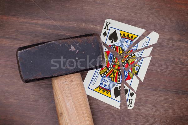 Hamer gebroken kaart koning spades vintage Stockfoto © michaklootwijk