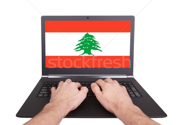 Kezek dolgozik laptop Libanon mutat képernyő Stock fotó © michaklootwijk