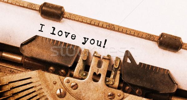 Vintage opschrift oude schrijfmachine liefde technologie Stockfoto © michaklootwijk