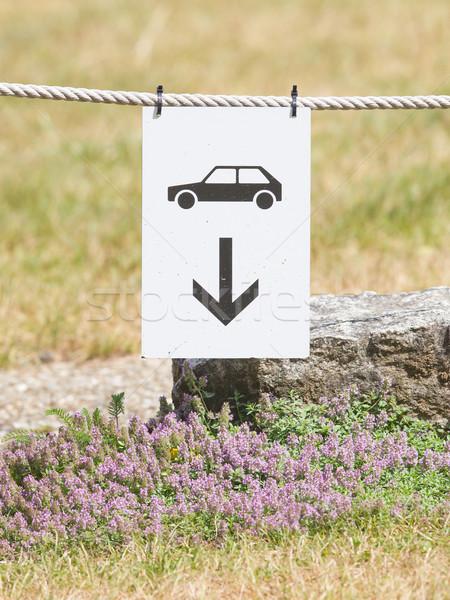 Autó parkolás felirat akasztás kötél utca Stock fotó © michaklootwijk