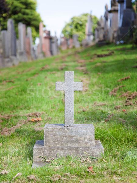 Velho lápide grave escócia grama criança Foto stock © michaklootwijk
