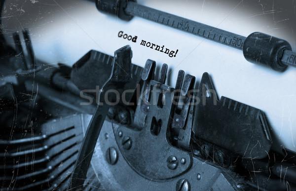Velho máquina de escrever papel foco bom dia Foto stock © michaklootwijk