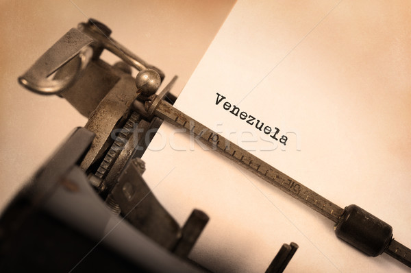 Oude schrijfmachine Venezuela opschrift vintage land Stockfoto © michaklootwijk