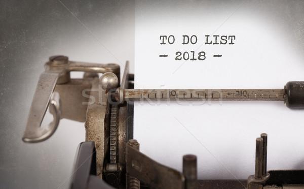 Vintage máquina de escribir para hacer la lista primer plano oficina libro Foto stock © michaklootwijk