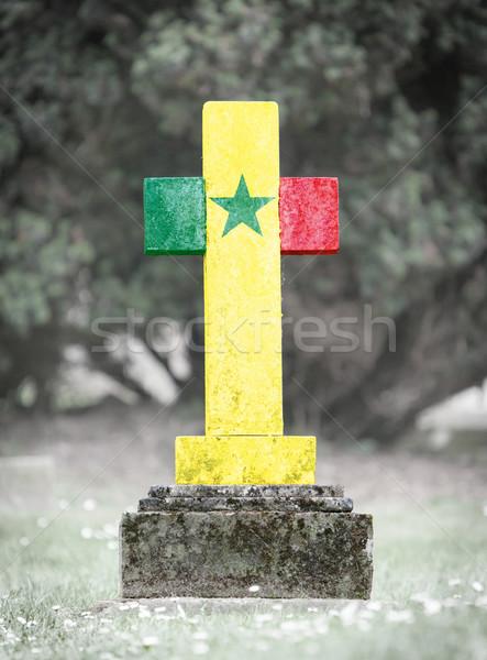 Mezar taşı mezarlık Senegal eski yıpranmış çim Stok fotoğraf © michaklootwijk