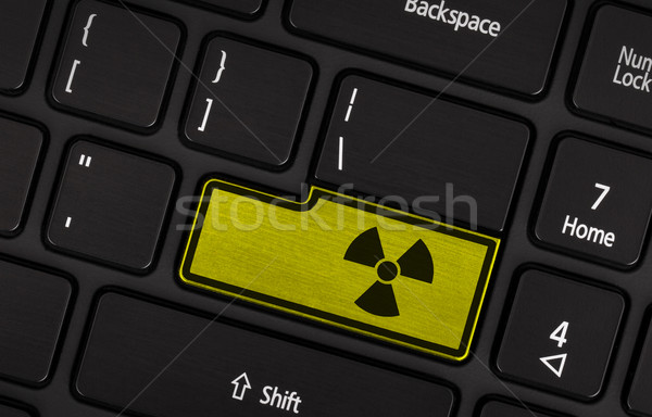 Symbole bouton clavier radioactifs avertissement jaune Photo stock © michaklootwijk
