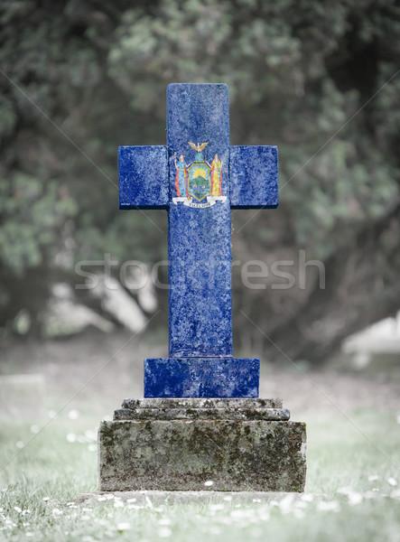 Mezar taşı mezarlık New York eski yıpranmış bayrak Stok fotoğraf © michaklootwijk