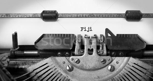 Oude schrijfmachine Fiji opschrift land brief Stockfoto © michaklootwijk