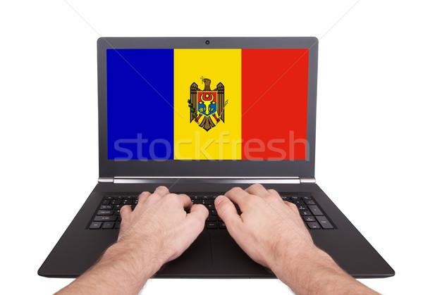Kezek dolgozik laptop Moldova mutat képernyő Stock fotó © michaklootwijk
