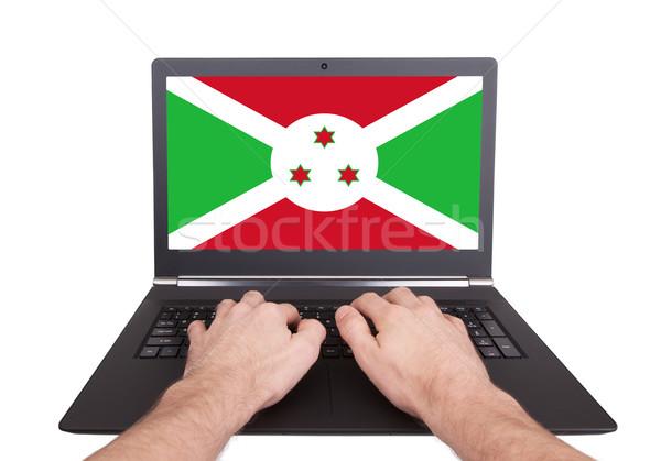 Handen werken laptop Boeroendi tonen scherm Stockfoto © michaklootwijk