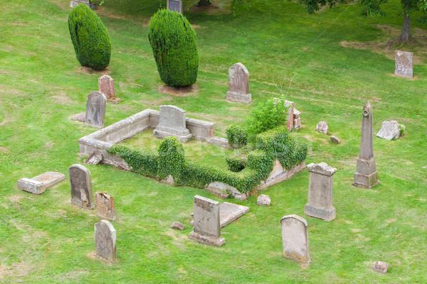 Oude kerkhof top natuur bomen Stockfoto © michaklootwijk