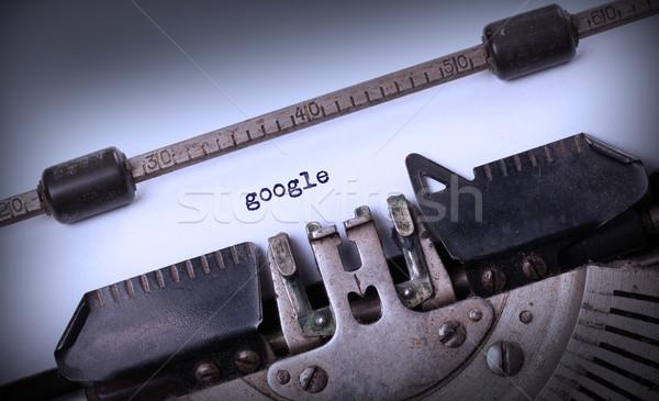 Vintage opschrift oude schrijfmachine google achtergrond Stockfoto © michaklootwijk