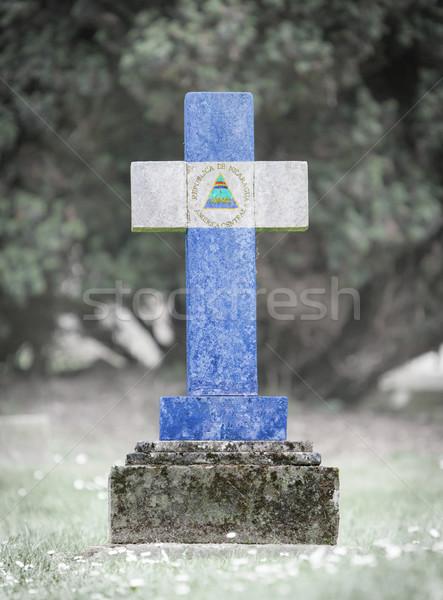 Lápida sepulcral cementerio Nicaragua edad capeado bandera Foto stock © michaklootwijk