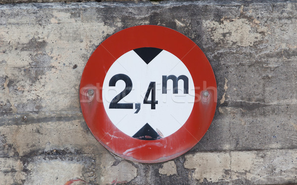 Traffic circle shaped Maximum Height Limit or Height Restriction Stock photo © michaklootwijk