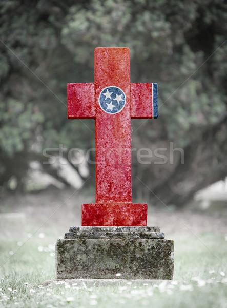 Nagrobek cmentarz Tennessee starych wyblakły banderą Zdjęcia stock © michaklootwijk