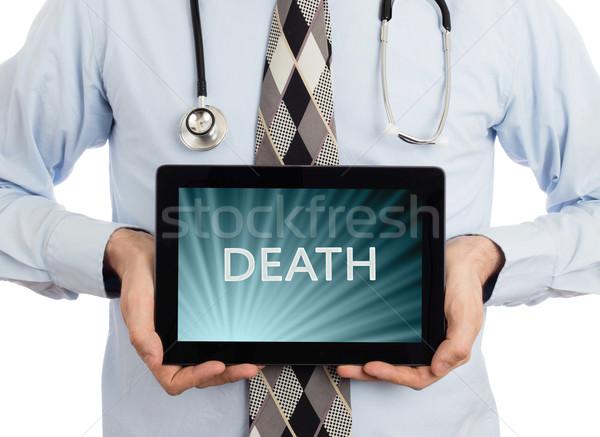Médico tableta muerte aislado blanco Foto stock © michaklootwijk