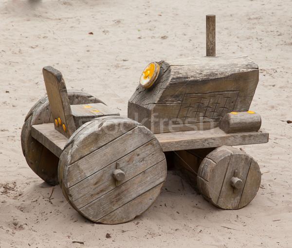 木製玩具 トラクター モデル ショッピング 砂 白 ストックフォト © michaklootwijk