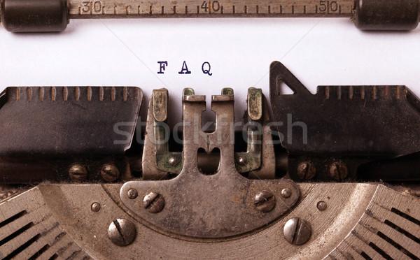 Vintage velho máquina de escrever faq carta Foto stock © michaklootwijk